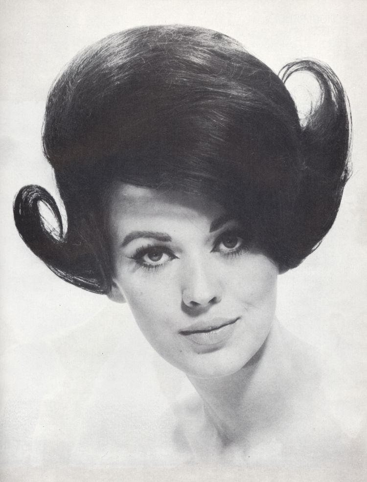 1960S Hairstyles Pinyvonne Jenks On Hair Dos And Don't  Pinterest  1960S