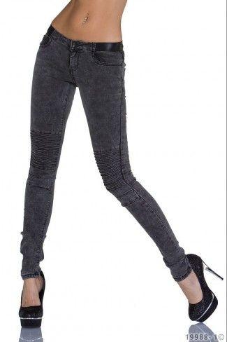 Ξεβαμμένο τζιν παντελόνι - Μαύρο
