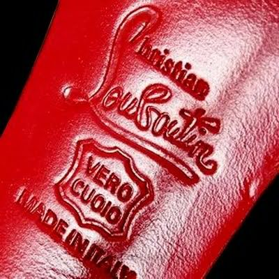 89c99b0ef63 Christian Louboutin Logo. Made in Italy.   J'adore la mode. in 2019 ...