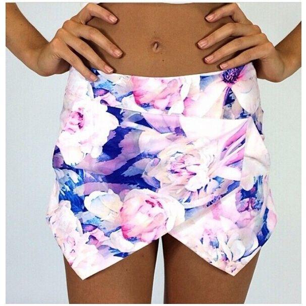 2014 Free shipping   Fashion Flower Print Frill Shorts  TB 6318