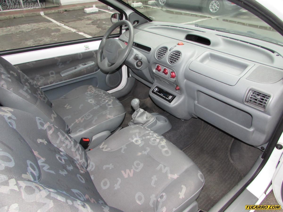 Renault Twingo - AUTO - CAR - AUTOMOVIL - INTERIOR - TABLERO ...