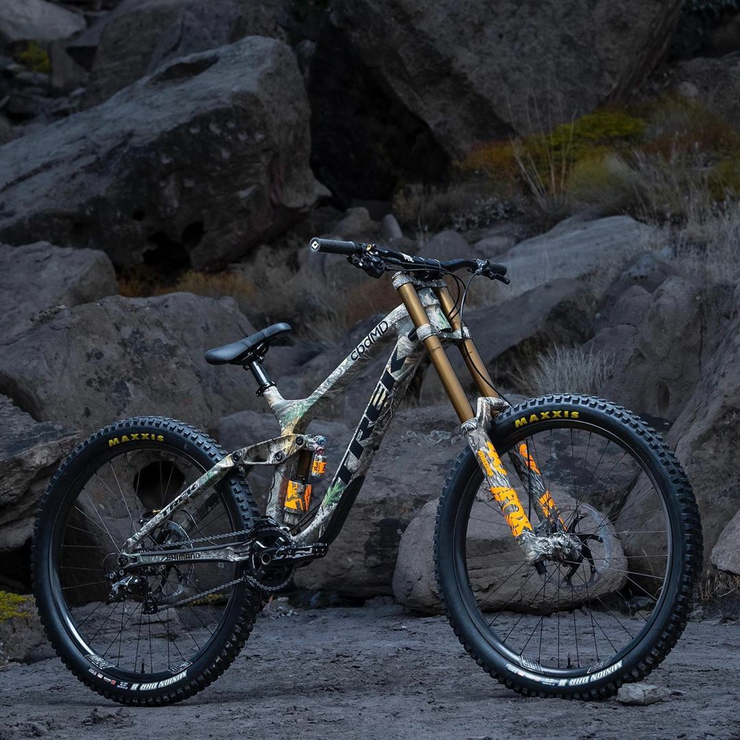 Trek Bikes In 2020 Trek Bikes Downhill Mountain Biking Downhill Bike
