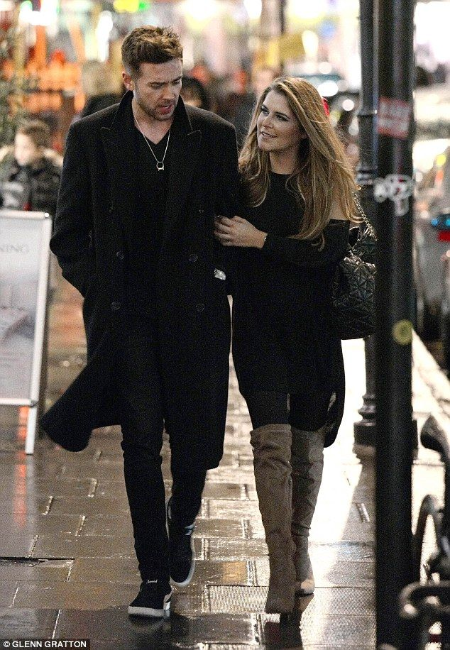 Emmerdale S Gemma Oaten Cosies Up To Hunky Singer Kristofer James On A Dinner Date After Ex Nick Knowles Slammed Her For Expl Nick Knowles Singer She Drama