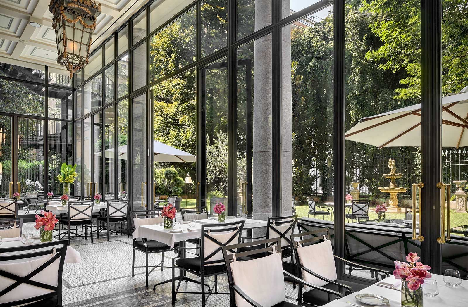Luxury Restaurant Milan Best Cafe In