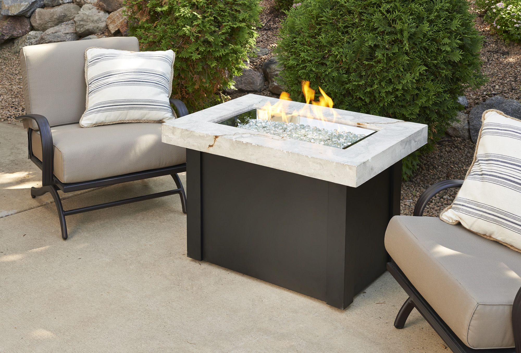 Super Stylish And Compact Fire Pit For Small Spaces Love
