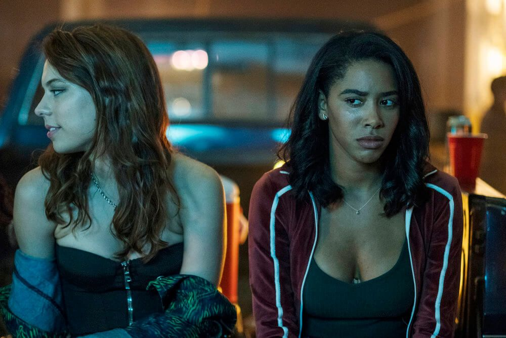Preview Of Usa Network S Dare Me Season 1 Episode 9 With Photos Trailer Plot Details And Cast List Fog Of War Airs Filmes Series E Filmes Serie Netflix