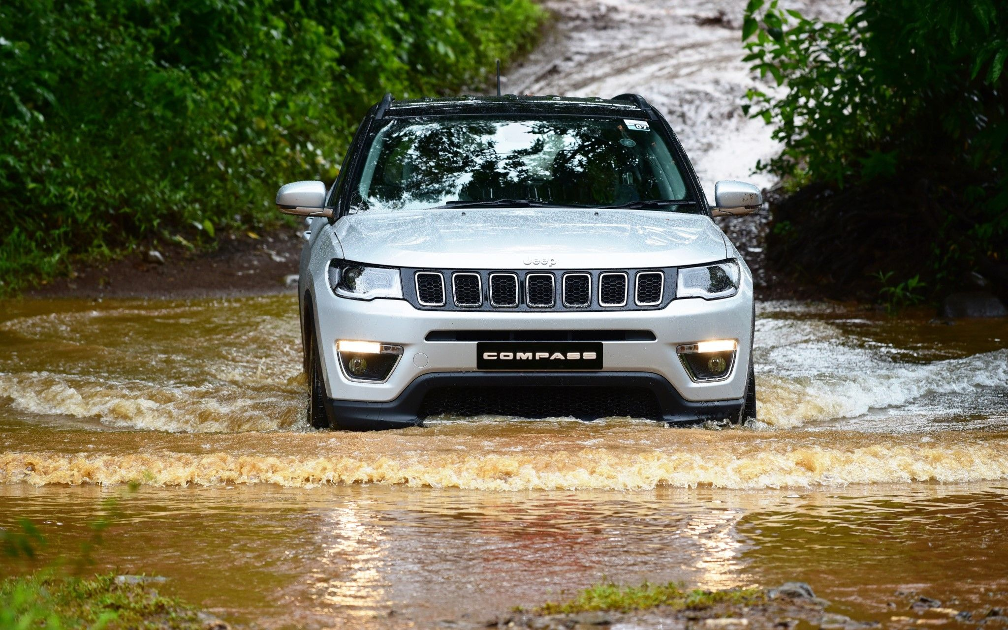 Jeep India Range To Have 5 Suvs By 2020 Motorbeam Jeep Jeep