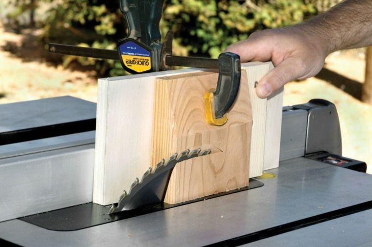 Comment construire une pergola en bois pour décorer sa terrasse - construire sa terrasse en bois soimeme