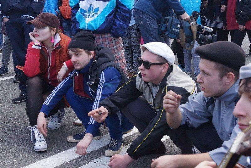 Pin by Oli on Squatting Slavs In Tracksuits | Slav squat