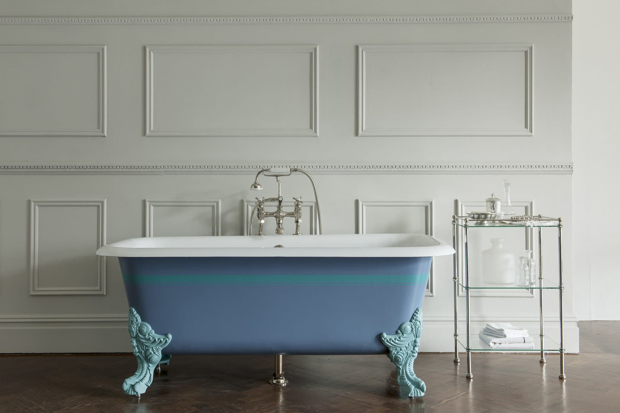 The latest addition to Drummonds range of cast iron baths is the ...