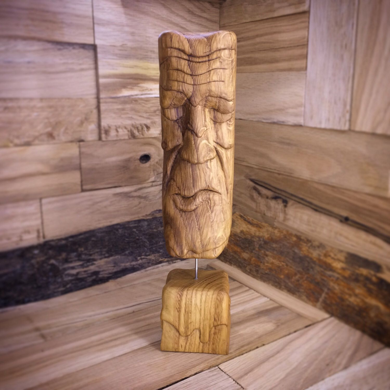 sculpture bois moderne id e int ressante pour la conception de meubles en bois qui inspire. Black Bedroom Furniture Sets. Home Design Ideas