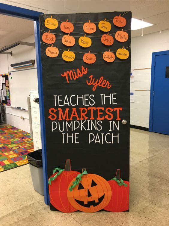 Easy Halloween Crafts for Kids at School – DIY Door Decorations