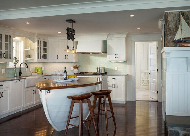 30 Awesome Beach Style Kitchen Design | Wainscoting kitchen, Beach ...