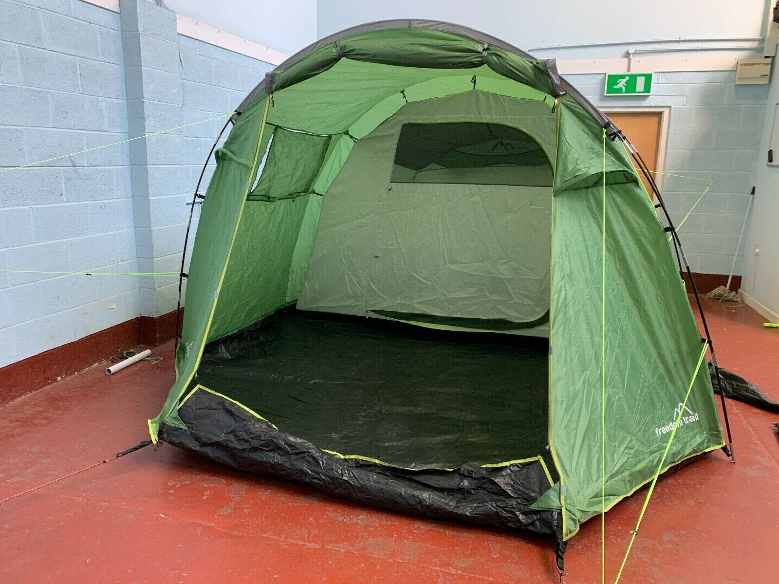 Six berth man person family camping tunnel tent large green Eurohike Sendero 6