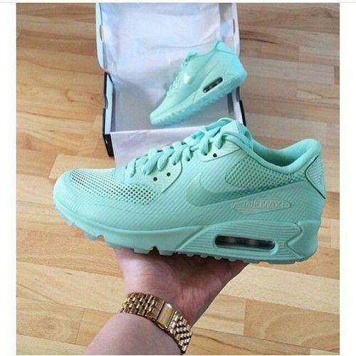 Mint Color Nike Maxs