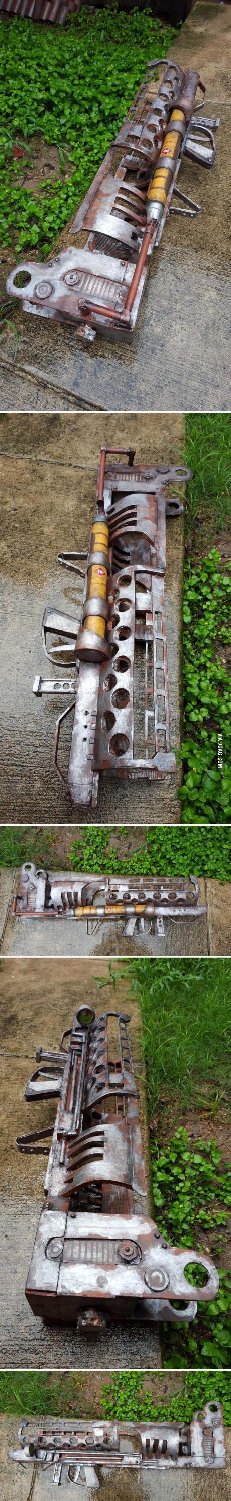 I built a Fatman Mini Nuke Launcher from Fallout 4.