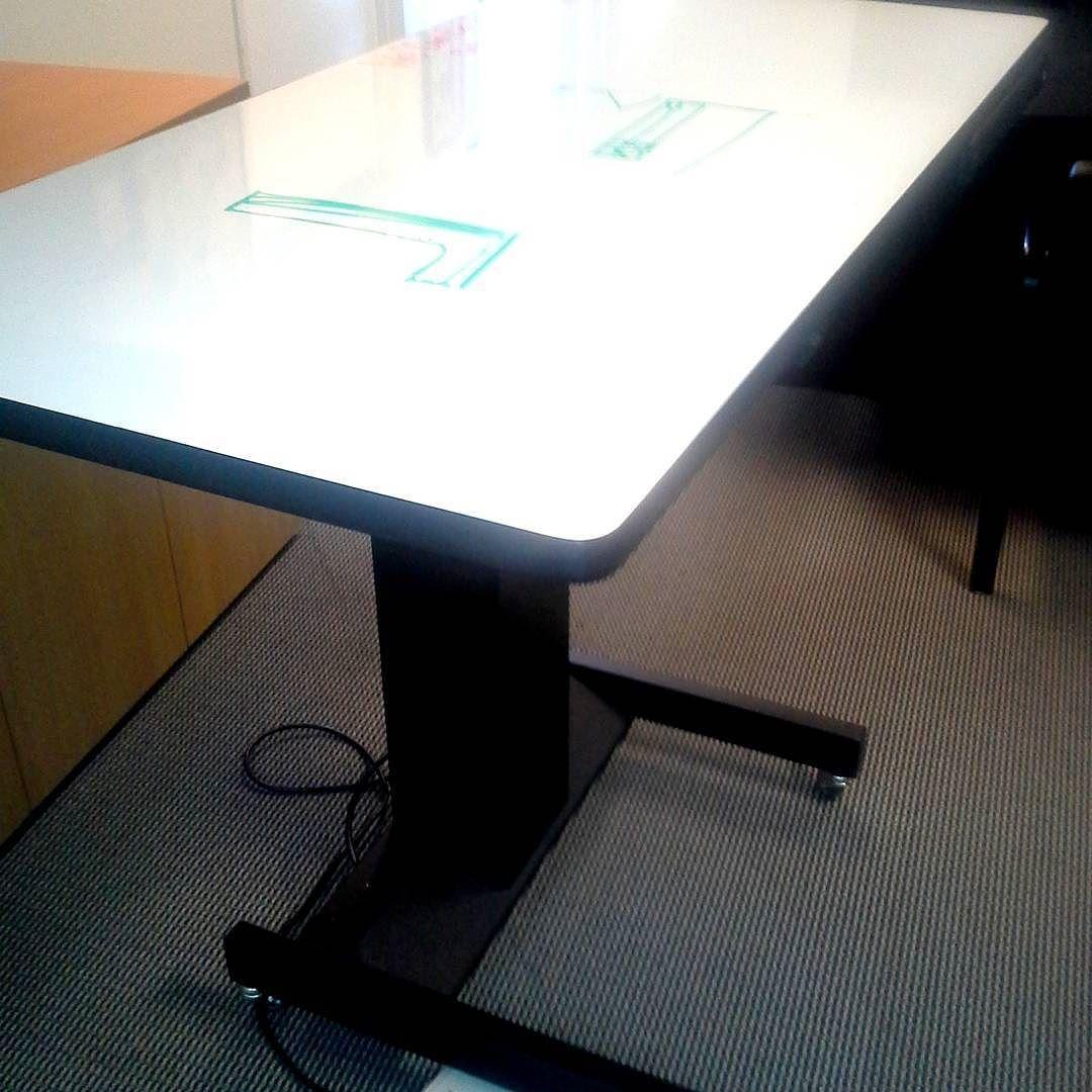 Arizona Furniture Broker Works With