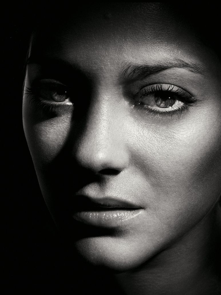 French actress ◈ marion cotillard by annie leibovitz portrait