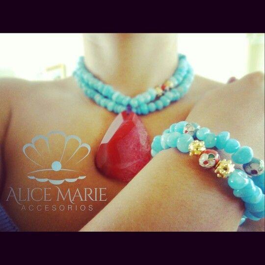 Collar y pulsera en piedras naturales alice marie for Accesorios bano piedra