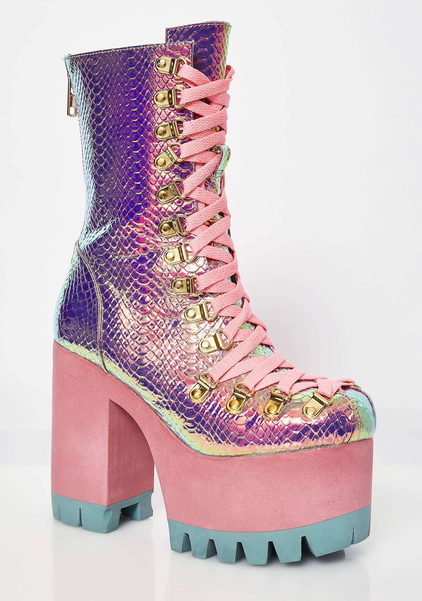 3da0b655d4 Poisonous Vixen Snake Platform Boots | Fashion Disaster | Platform ...
