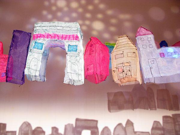 Na coluna Isto é Bacana, uma idéia simples e divertida: criar cidades.