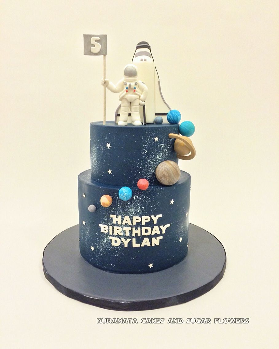 Magnificent Space Theme Birthday Cake With Images Themed Birthday Cakes Funny Birthday Cards Online Overcheapnameinfo