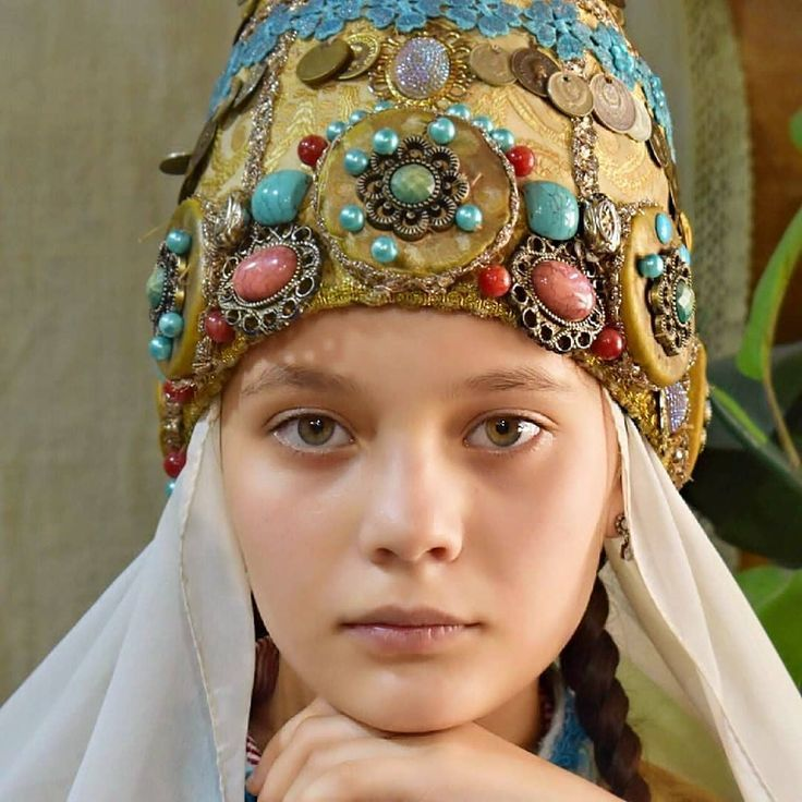 Tatar girl. Tatarstan | Girl, Festival captain hat, Women