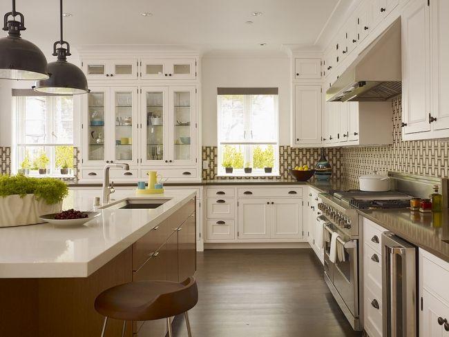 große Küche einrichtung landhaus stil edelstahl arbeitsplatte insel ...