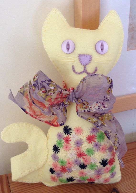 Yellow+Felt+Cat+Felt+Cat++Cat+Lovers+Gift+by+BlueShedCrafts