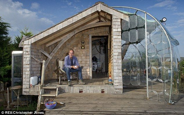 Call that a Grand Design? TV host Kevin McCloud builds a