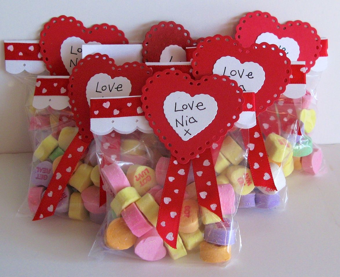 Lifestyle Crafts Nesting Dies Diy Valentinesday Treat Bags