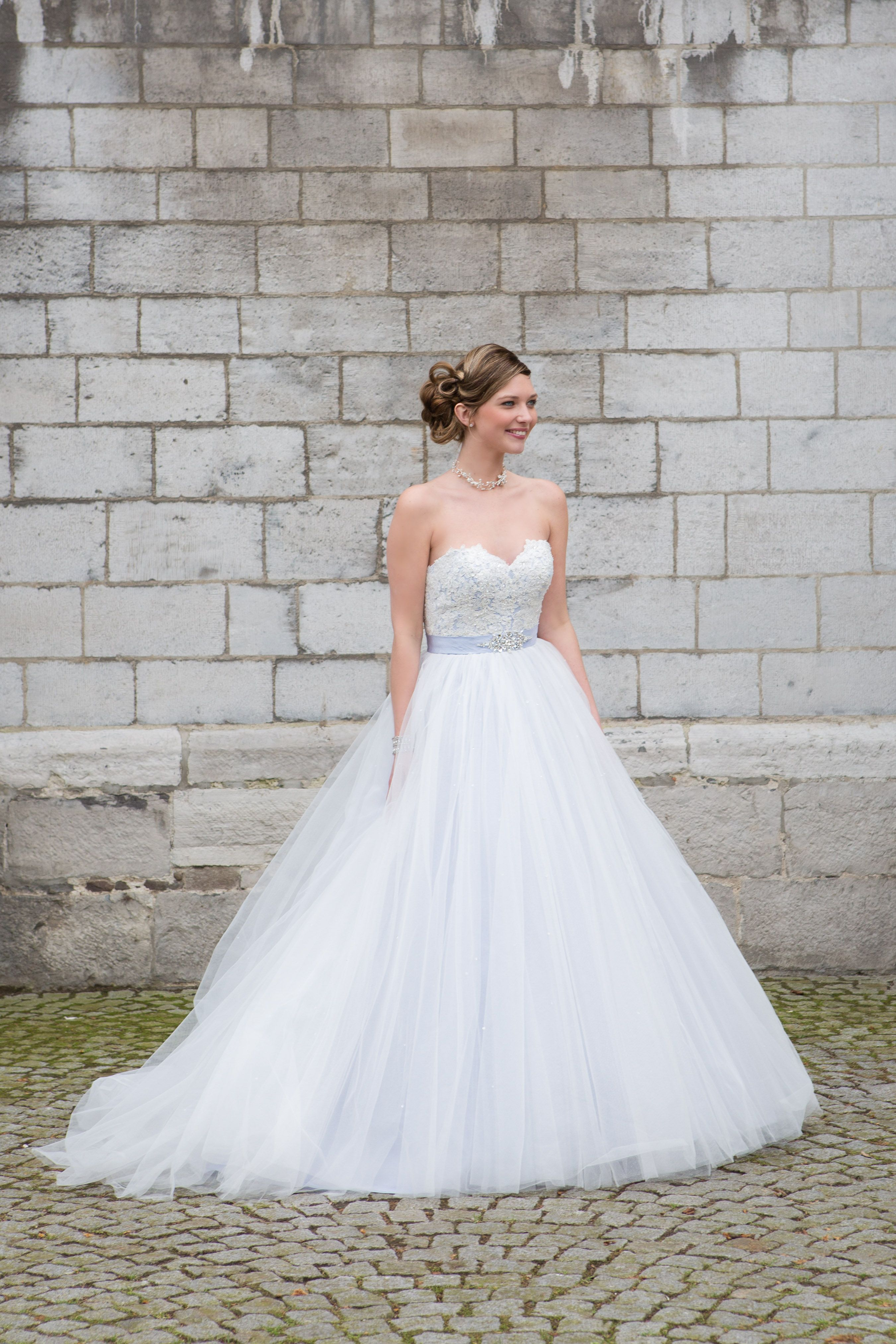 Meet our new, strapless dress 'Cairo'! Unique in it's own way with a sweetheart neckline, embroidered bodice and tulle overskirt. Dress: Cairo - Bridalstar 2017  #brides #love #bridalstar #wedding #inspiration #dress