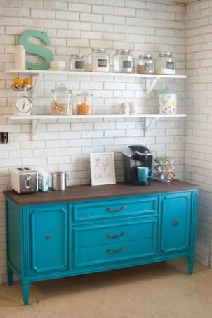 Coffee station in a kitchen corner ~I would *love* to have a coffee-corner in our kitchen, similar to this. Happy Place! :)
