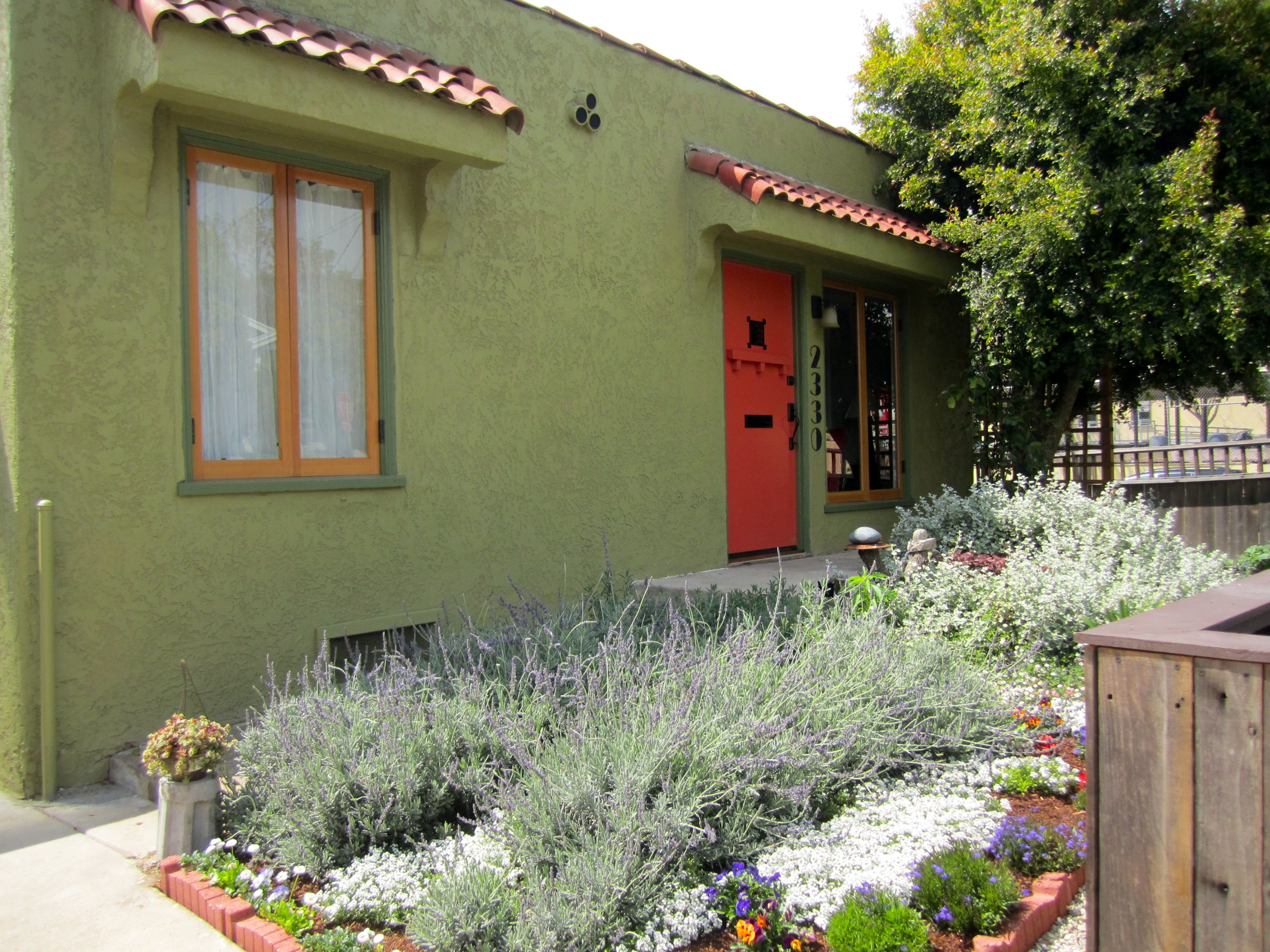 Silver Lake bungalow exterior - Orange door and drought tolerant ...
