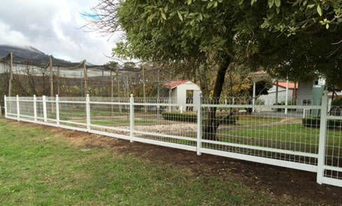 Decorative Wire Loop Fencing - 20 ft Roll x 50 tall - Single Loop ...