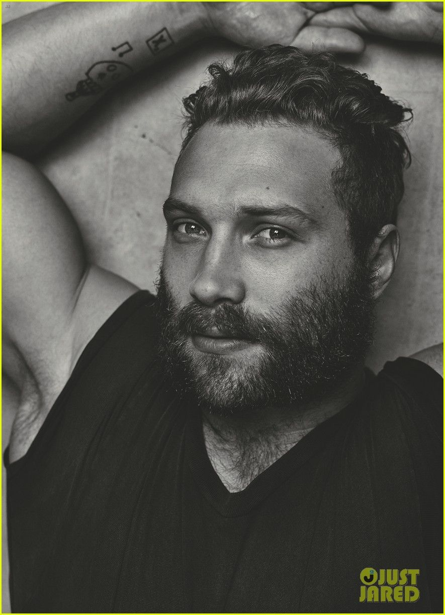 jai courtney with girlfriend