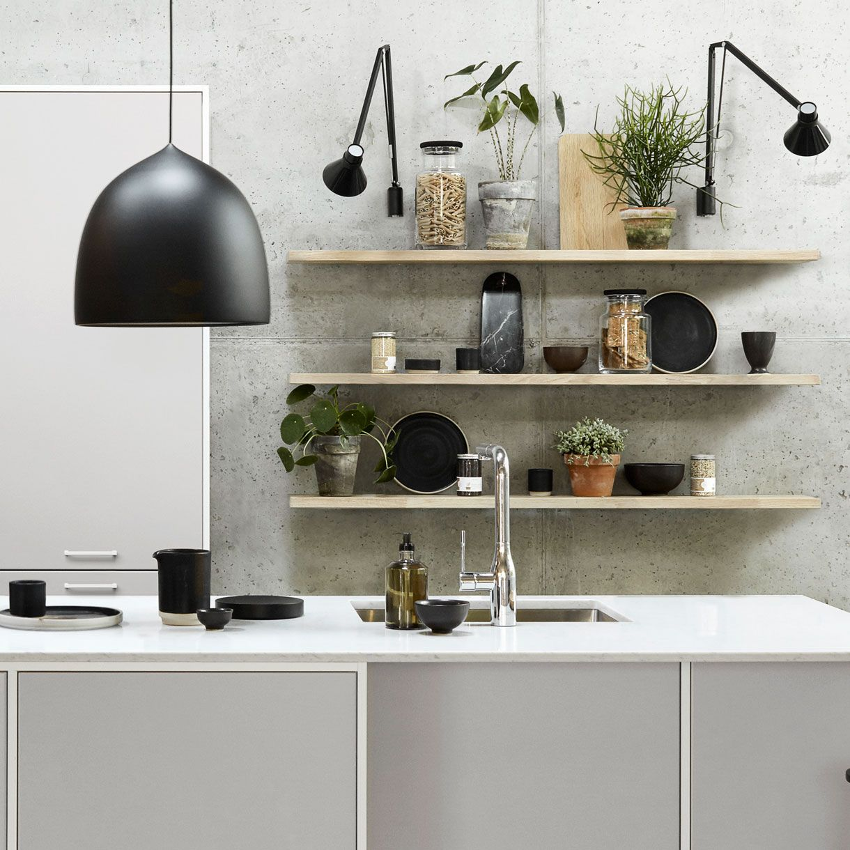 www.kvik.fi ~ media images kitchen hero-kitchens modu-light-grey details modu-light-grey-zoom-reol-1220x1220px.jpg;