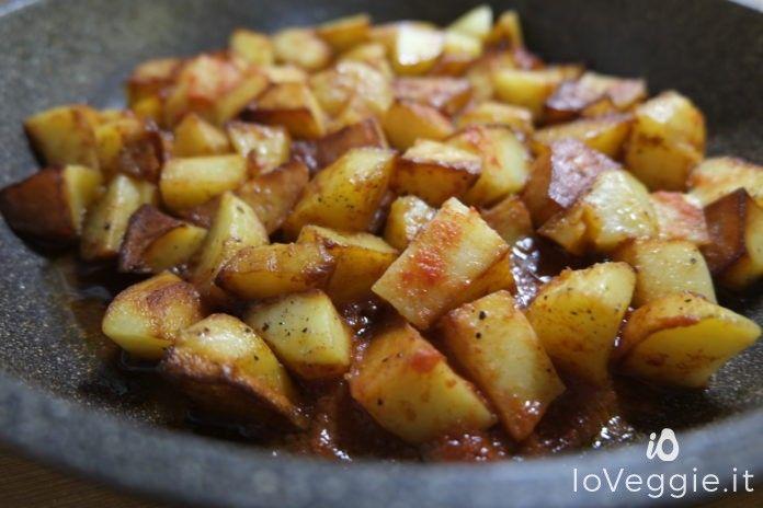 Le tapas sono perfetti come aperitivi o antipasti ma in alcune zone della Spagna, le tapas vengono servite in piccole porzioni ma in tantissime varietà così