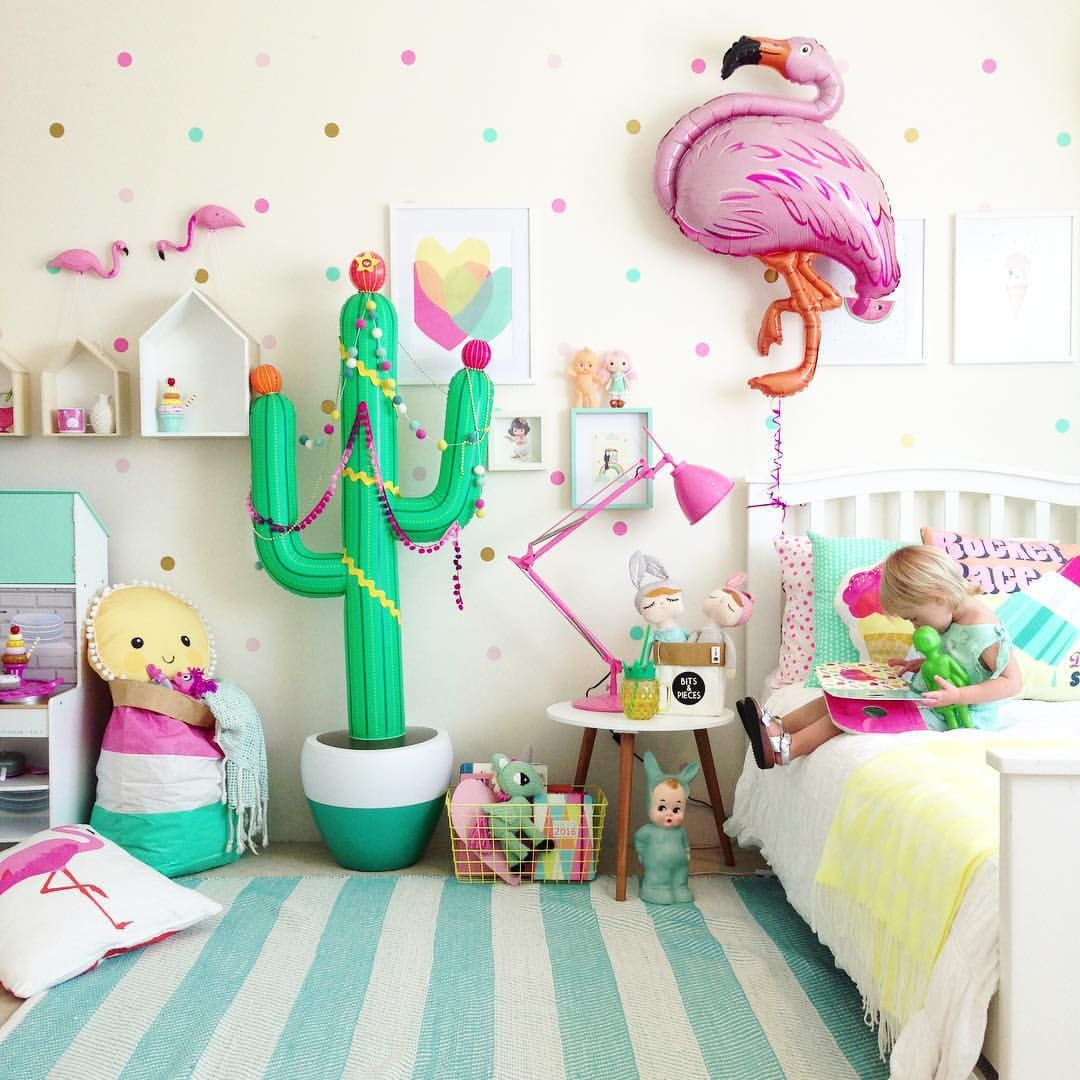 this kids room is perfection i love all the colors and. Black Bedroom Furniture Sets. Home Design Ideas