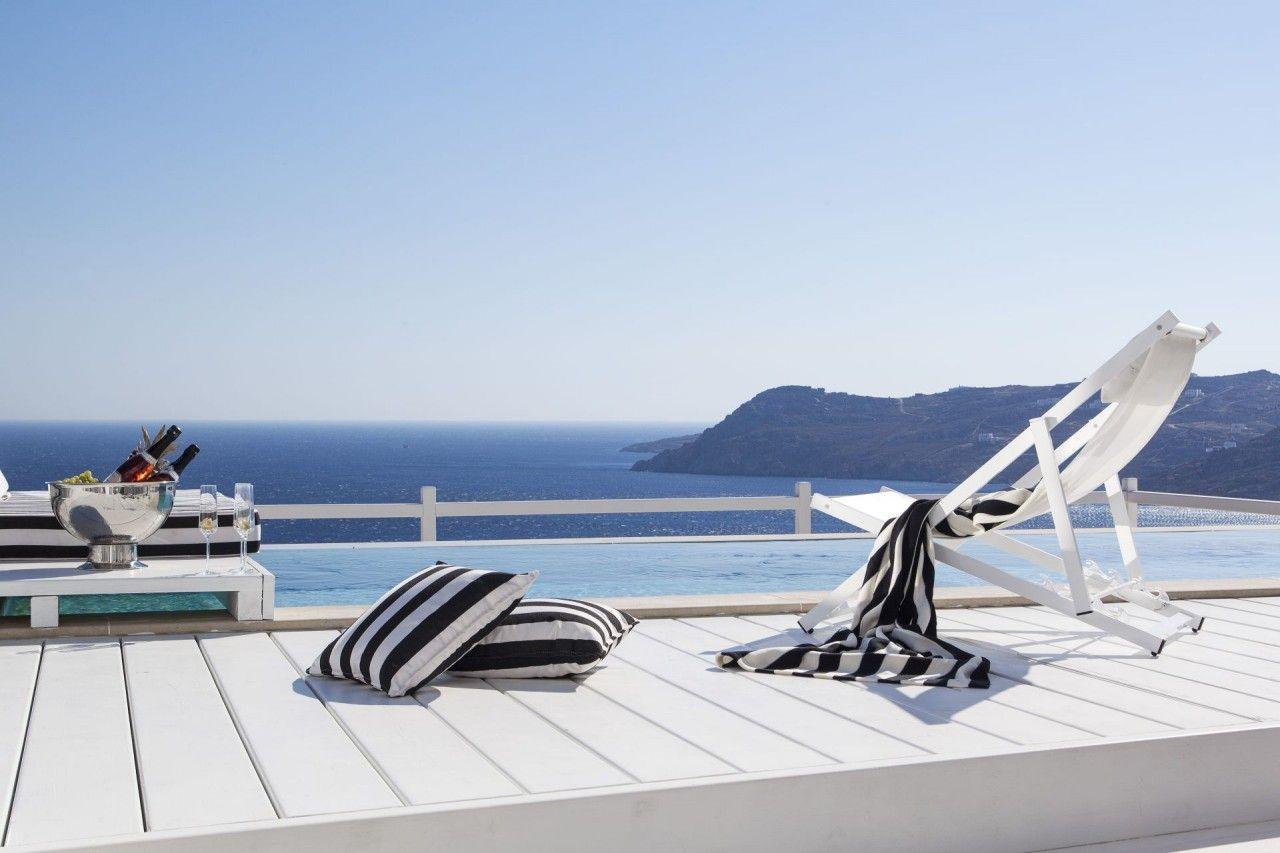 Vacation..! #myconos #luxury #summer #island #grecce #hotels