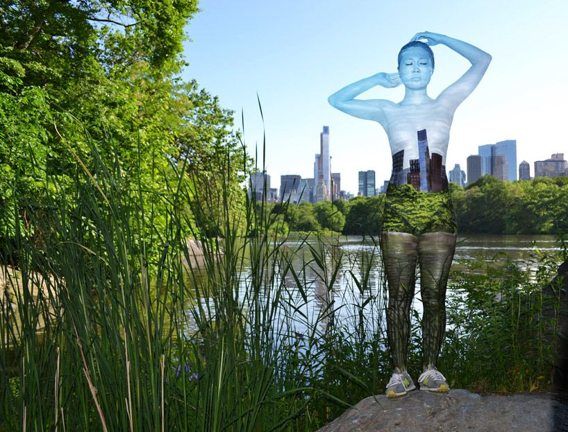 Body Painter Trina Merry Makes NYC Models Disappear Body Paint - Trina merry creates amazing body art illusions ever seen