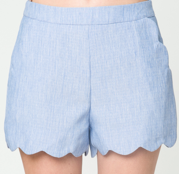 Scalloped Pocket Shorts