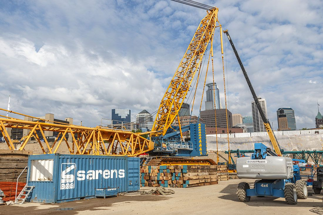 The Terex 6800 Demag is a very, very large crawler crane