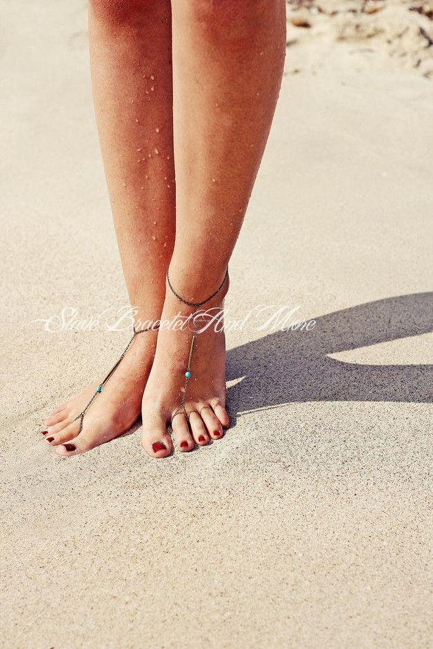 Sommerliche Barfußsandalen im Boho-Style, Fußkettchen für den Sommer / barefoot sandals as summer accessory made by SlaveBraceletAndMore via DaWanda.com