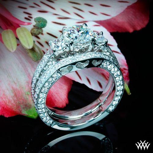 3-stone-coeur-de-clara-ashley-diamond-wedding-set-in-18k-white-gold_gi_2123-5263_g.jpg 500×500 pixels