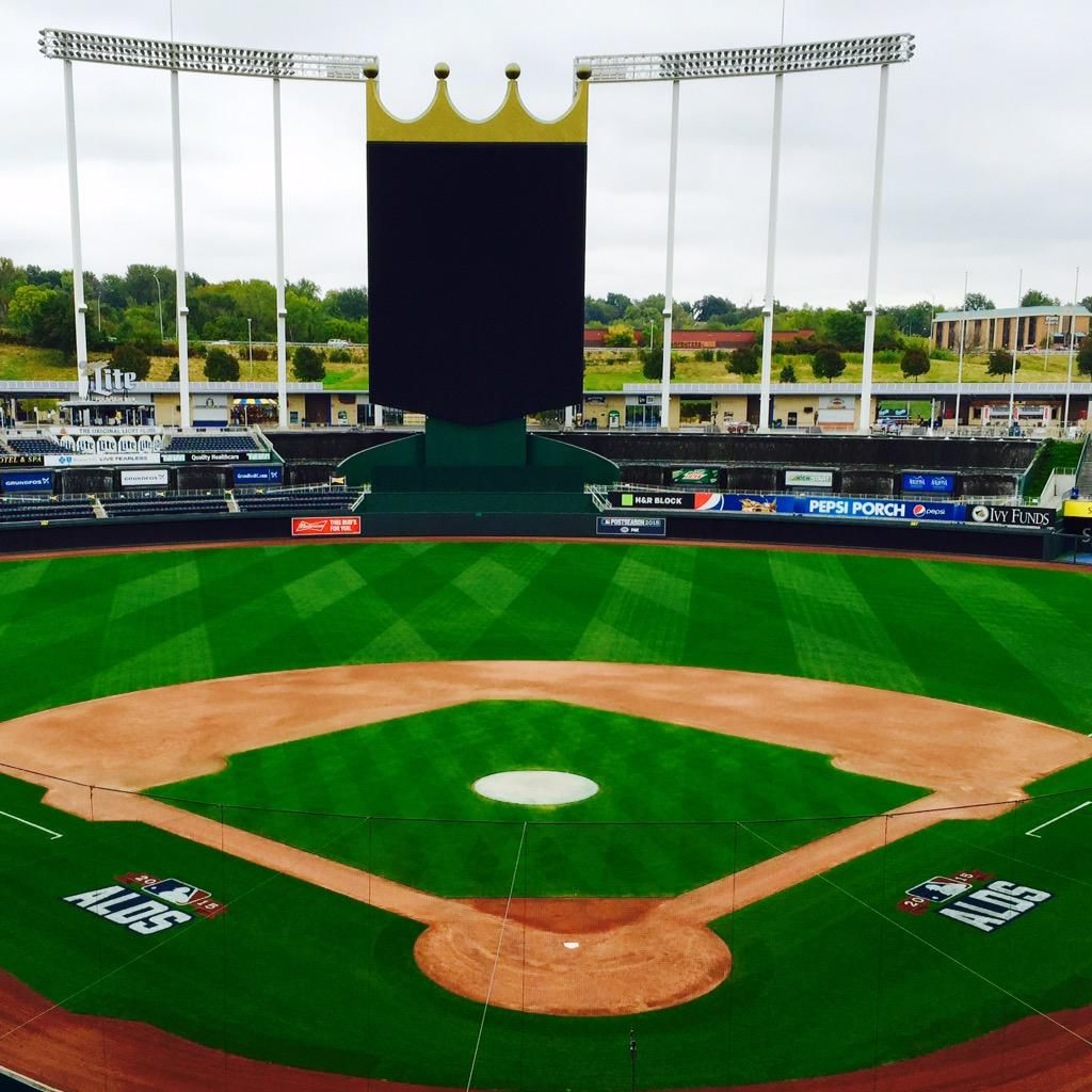 Jeremy Guthrie On Twitter Baseball Stadium Stadium Kc Royals