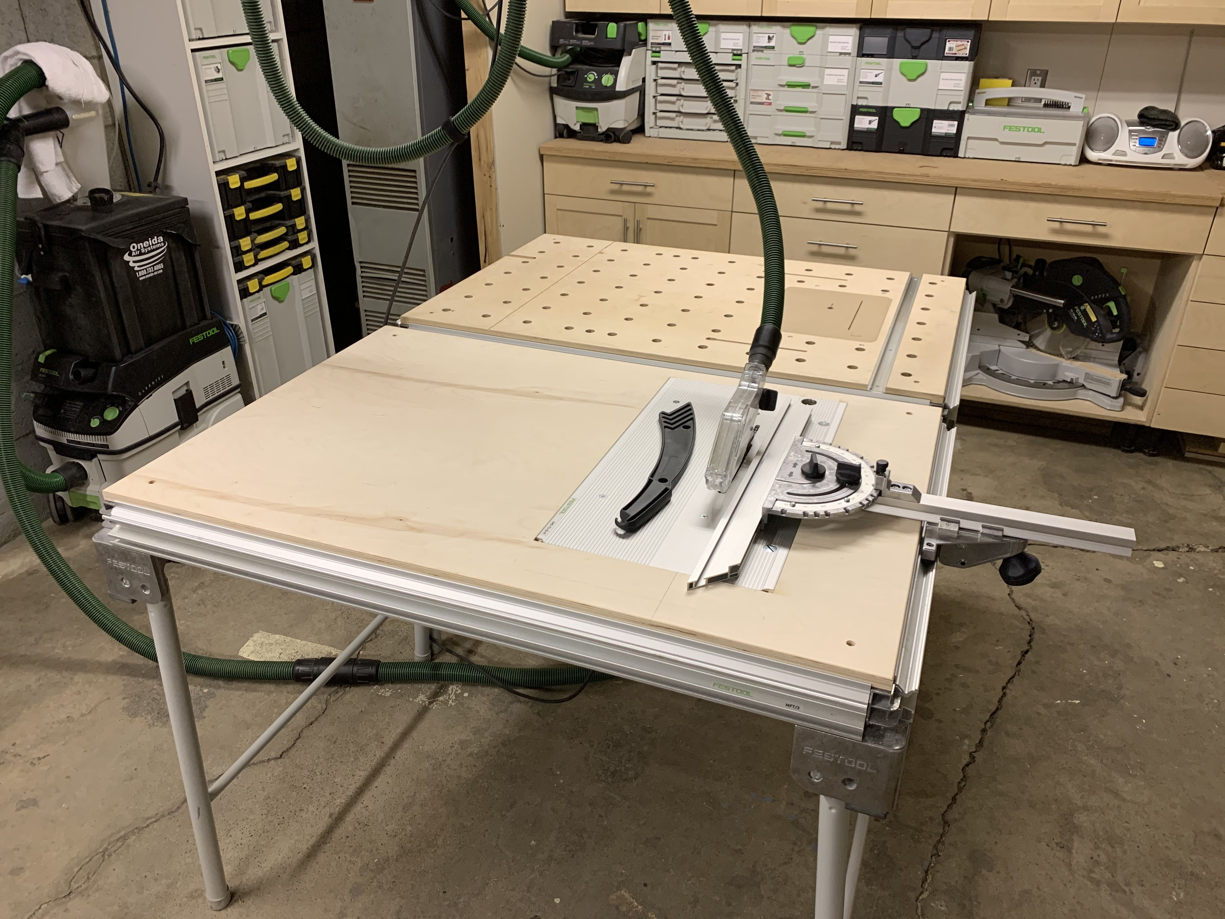 DIY MFT top with CMS insert for TS55 saw. Festool