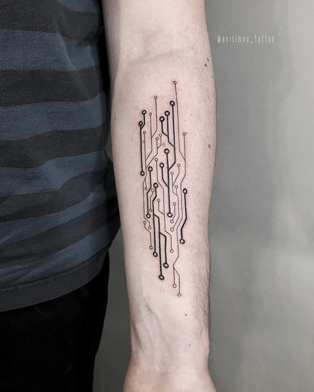 Ilya Anisimov (@anisimov_tattoo) в Instagram: «Microchip