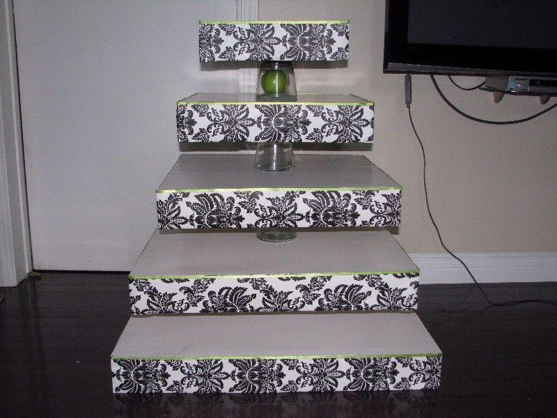 black diy wedding diy damask cupcake stand