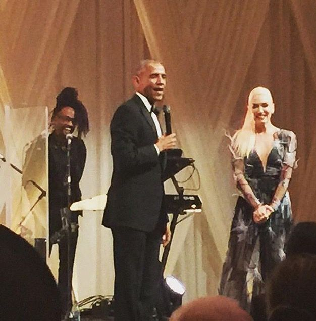 #President Of The United States #Barack Obama joins #GwenStefani #sbradleymusic on stage after State Dinner #performance on the #SouthLawn of the White House, #Oct18th #2016 (Official White House Photo by #PeteSouza #LastStateDinner #WhiteHouse #StateDinner